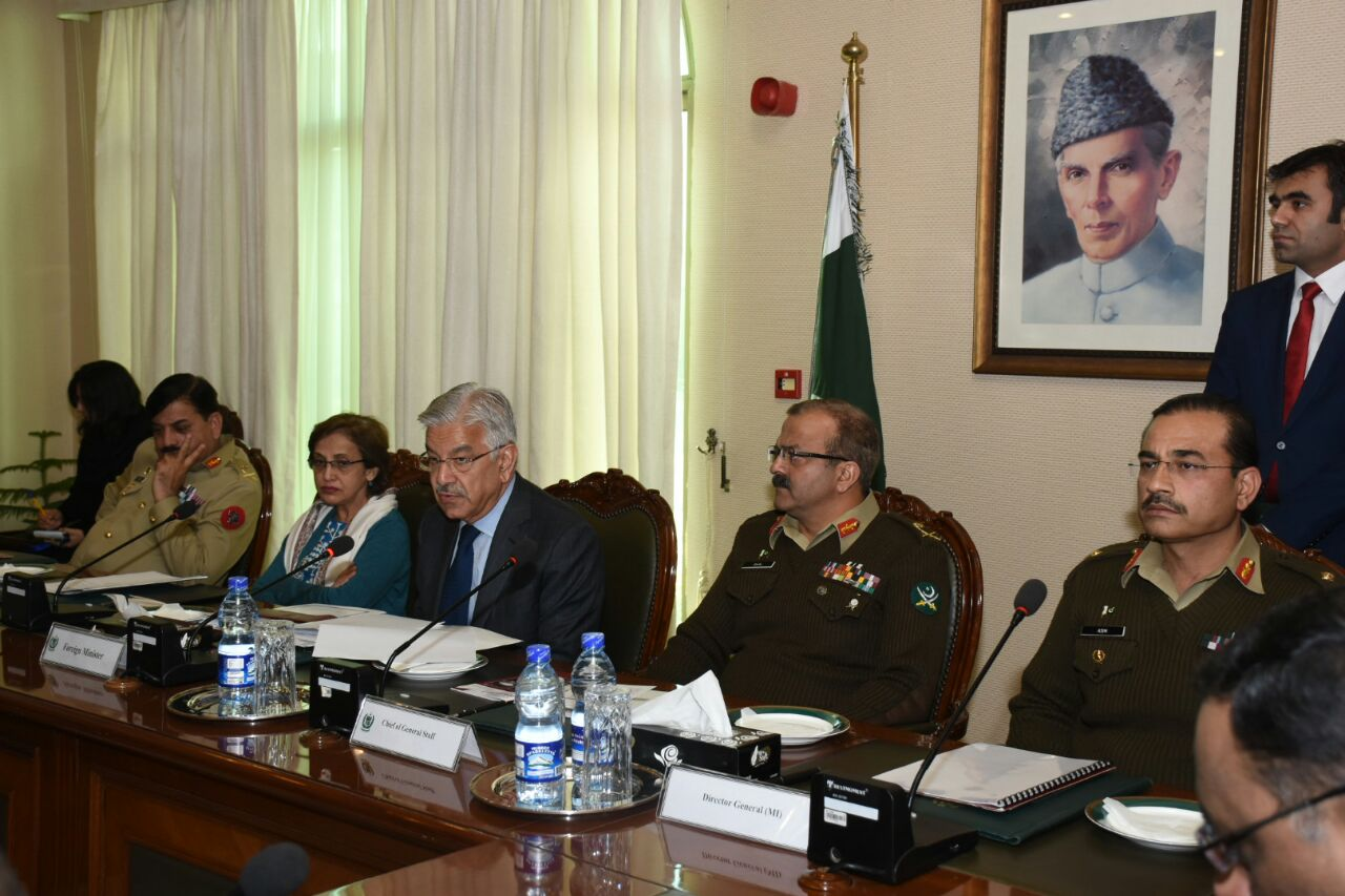 Ambassadors, resident, in, Islamabad ,briefed ,by ,FM, Khawaja, Asif ,over, Pakistan's ,counter-terrorism ,efforts