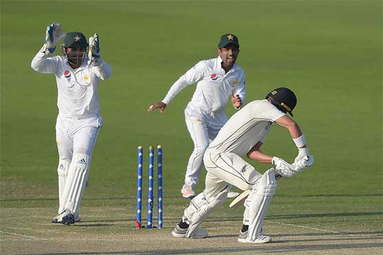 New Zealand bat in final Test against Pakistan